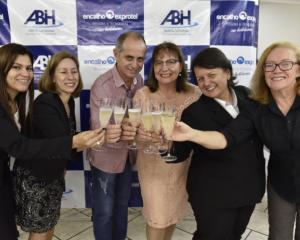 ABIH-SC tem programação especial ao dia do Hoteleiro