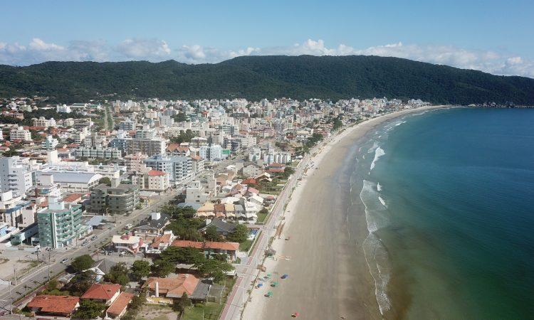 Bombinhas - Temporada de verão com muitas novidades-Folha de Santa Catarina