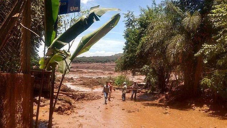 Rompimento da Barragem em MG- Folha de Santa Catarina